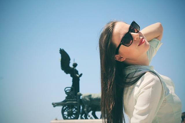 woman-eyewear