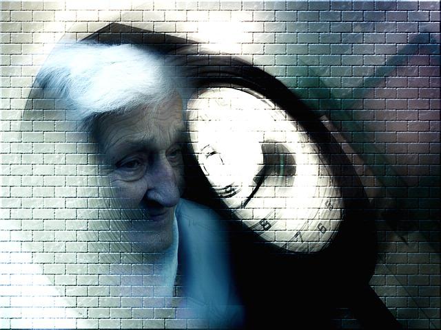高齢の女性