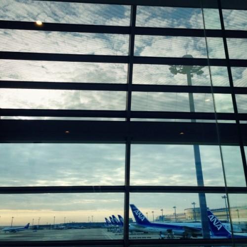 羽田に待機する飛行機