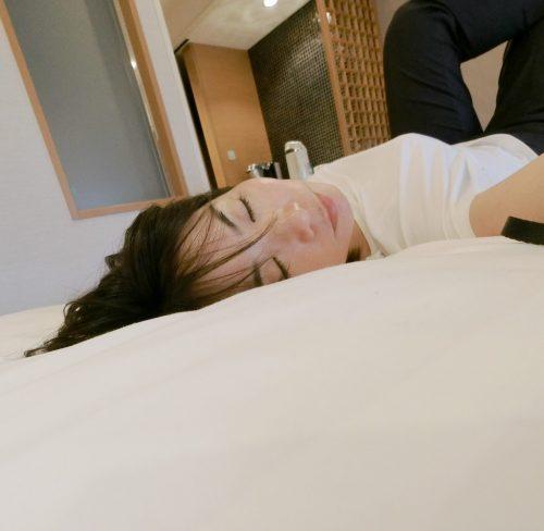 お母さんの昼寝