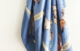 水色のエルメススカーフ